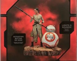 Rey & BB-8 Limited Edition Figurine